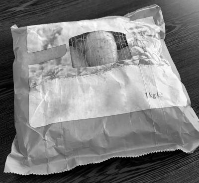 Verpakking van sealbaar papier met venster