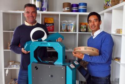 André Vois van ProBand samen met Ronald Veuger van Sarco Packaging